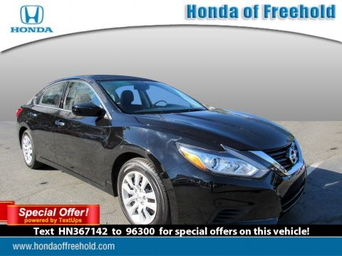 Pre-Owned 2017 Nissan Altima 2017.5 2.5 S Sedan FWD 4dr Car